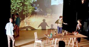 Хочется, чтобы премьера спектакля «Дети солнца» в Хайфском городском театре не прошла незамеченной